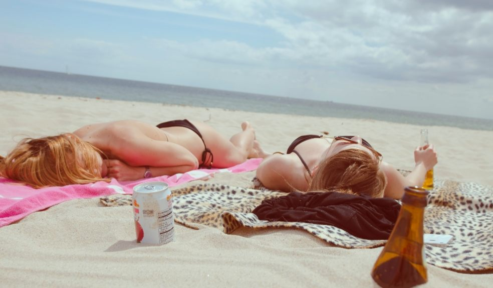 People who use sunbeds under the age of 35 have a 75% higher risk of developing malignant melanoma