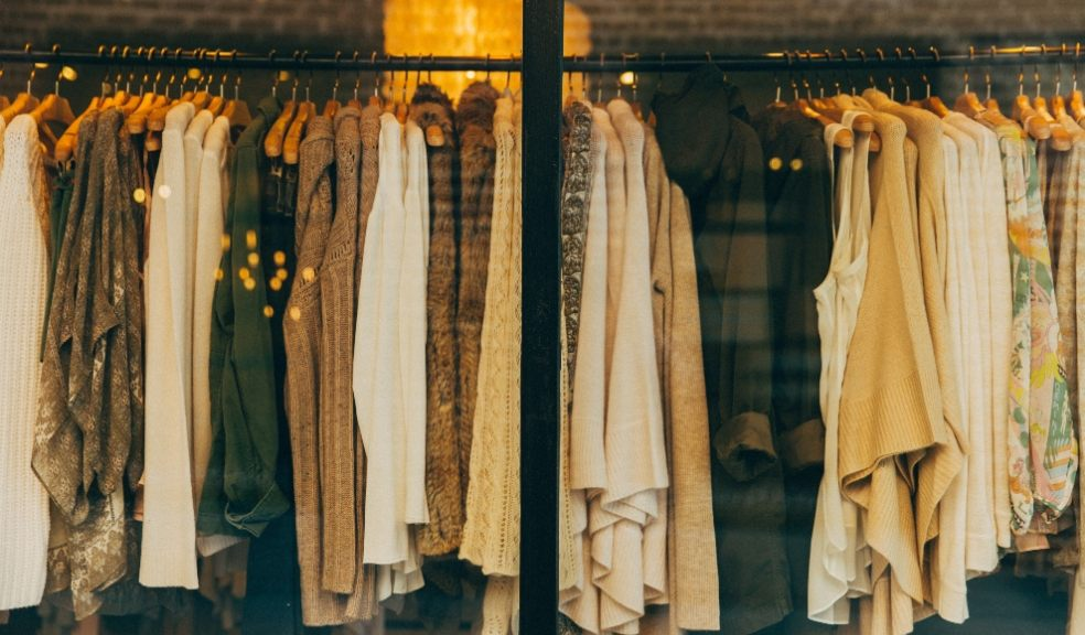 On average, online interest in workwear over 2021 has increased 25%