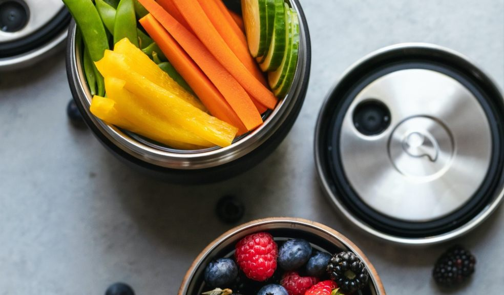 Simple tips for making healthier snacking choices at home
