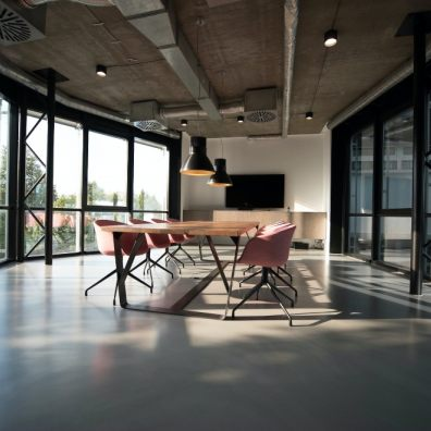 There is a clear preference for a hybrid of working partially at home and from the office