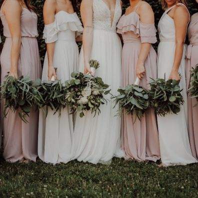 Top 10 most popular bridesmaids dress colours overall