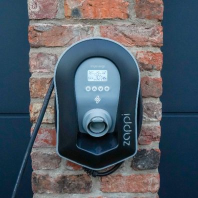 London is leading the country for installed public use electric car charging points