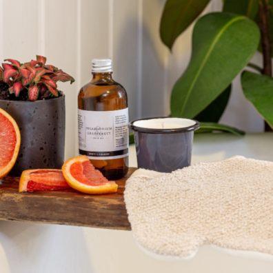 Ten-fragrant-gardening-gifts-Mother's