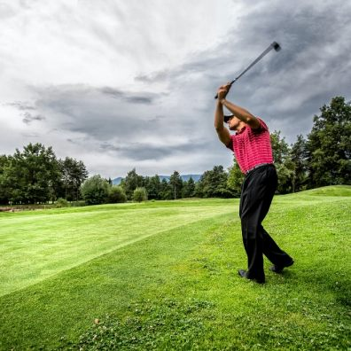 Research reveals that golf remains a dangerous sport!