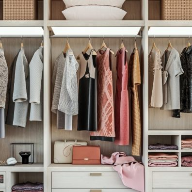 Declutter wardrobe at home